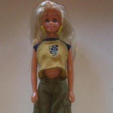 Barbie y Ken: BARBIE DE FAMOSA. Lote 37591086