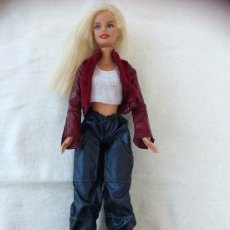 Barbie y Ken: BARBIE MATTEL AÑO 98. Lote 39208237