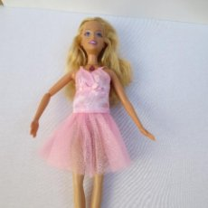 Barbie y Ken: BARBIE ORIGINAL 2006 MATTEL INDONESIA - CON UN BRAZO ARTICULADO.. Lote 42816096