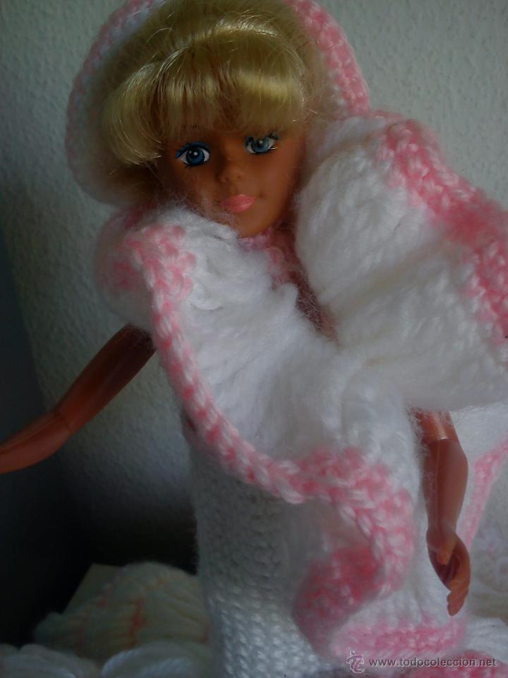 Barbie y Ken: PRECIOSA BARBIE COM EL VESTIDO DE LANA HECHO A MANO ESTA SELADA Petia .. - Foto 5 - 43391887