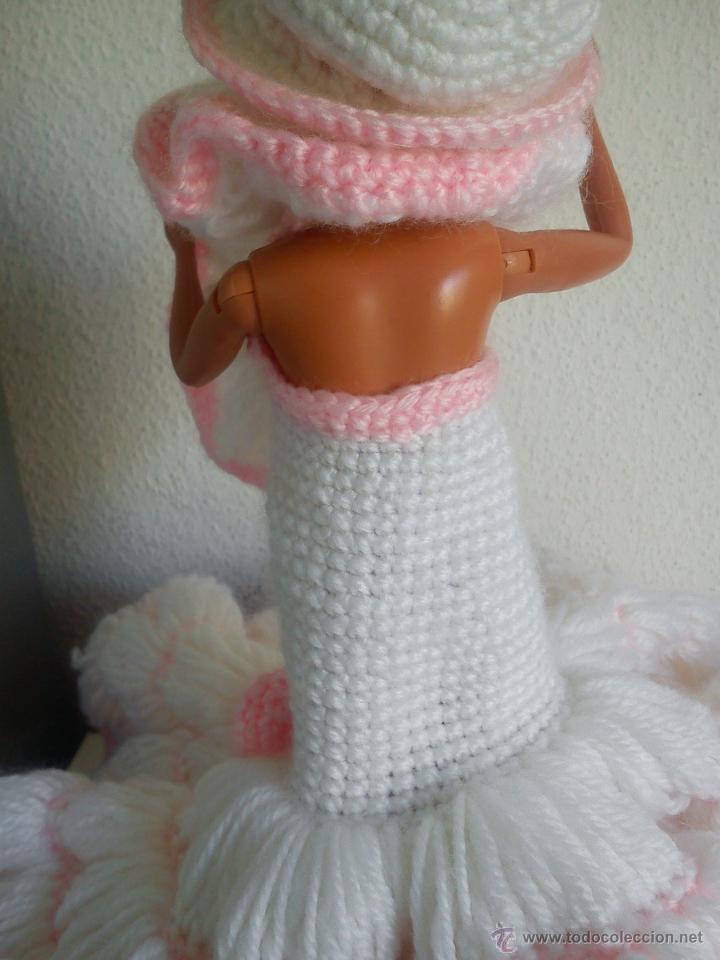 Barbie y Ken: PRECIOSA BARBIE COM EL VESTIDO DE LANA HECHO A MANO ESTA SELADA Petia .. - Foto 7 - 43391887