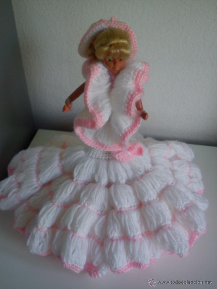 Barbie y Ken: PRECIOSA BARBIE COM EL VESTIDO DE LANA HECHO A MANO ESTA SELADA Petia .. - Foto 11 - 43391887