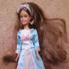 Barbie y Ken: MUÑECA MINI BARBIE PRINCESA ERIKA. Lote 43954921
