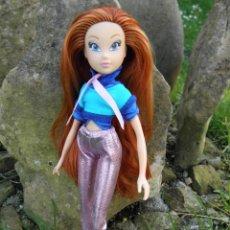 Barbie y Ken: MUÑECA WINX CLUB BLOOM IN CONCERT DE MARCA RAINBOW. Lote 45276515