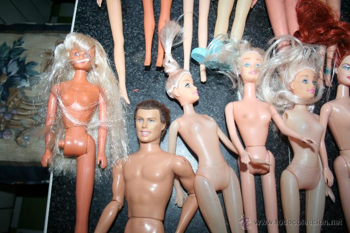 Barbie y Ken: lote de muñecas barbie y similares y famosa - Foto 3 - 46765882