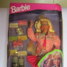 Barbie y Ken: MUÑECA BARBIE PINTURAS MAGICAS, DE MATTEL, EN CAJA. CC. Lote 48488775