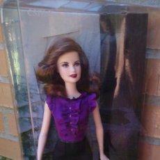 Barbie y Ken: MUÑECA BARBIE COLLECTOR THE TWILIGHT SAGA, ESME . Lote 50148334
