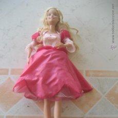 Barbie y Ken: PRECIOSA MUÑECA BARBIE BAILARINA EN ESTUPENDO ESTADO. LA FALDA SE ILUMINA Y GIRA MIENTRAS BAILA. Lote 52457491