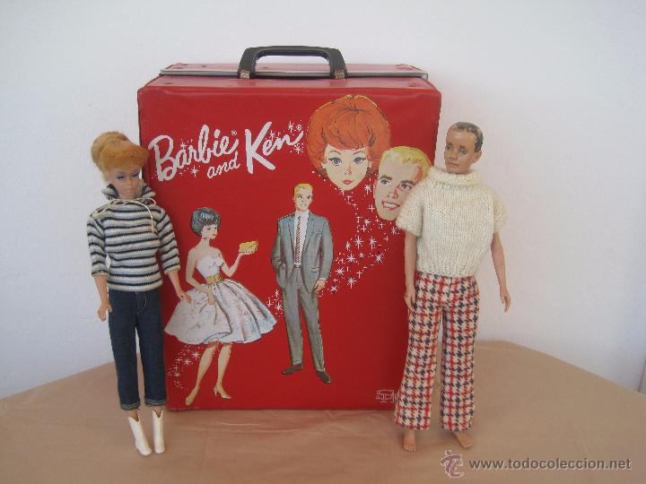PRECIOSA BARBIE 1958 AND KEN 1960, CON ARMARIO, VESTIDOS Y ZAPATOS. (MUY REBAJADO) (Juguetes - Muñeca Extranjera Moderna - Barbie y Ken)
