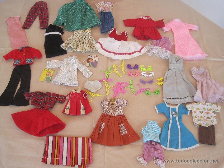 Barbie y Ken: PRECIOSA BARBIE 1958 AND KEN 1960, CON ARMARIO, VESTIDOS Y ZAPATOS. (MUY REBAJADO) - Foto 8 - 52476314