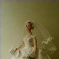 Barbie y Ken: BARBIE GRACE KELLY NOVIA. MÁS PEQUEÑA QUE NANCY.. Lote 52479606