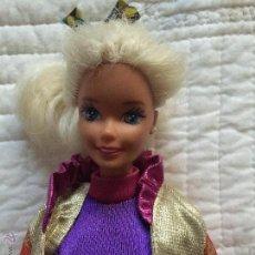 Barbie y Ken: MUÑECA BARBIE ARTICULADA DE LOS 90 MOLDE 1966. Lote 52595284