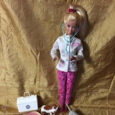 Barbie y Ken: BARBIE VETERINARIA CON EQUIPAMIENTO. Lote 53299722