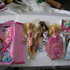 Barbie y Ken - GRAN LOTE BARBIE - MUÑECAS, VESTIDOS, COMPLEMENTOS Y ARMARIO - 54540320
