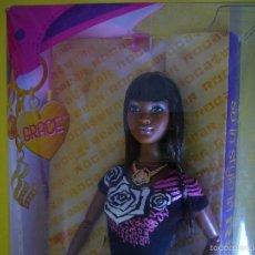 Barbie y Ken: BARBIE GRACE MATTEL SO IN STYLE ROCA WEAR NEGRITA MULATA AFROAMERICANA NUEVA EN CAJA 2009. Lote 57806593