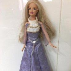 Barbie y Ken: BARBIE CON VESTIDO MALVA LARGO, EN CABEZA MATTEL INC. 1998 EN CUERPO MATTEL 1999 INDONESIA. Lote 67179629