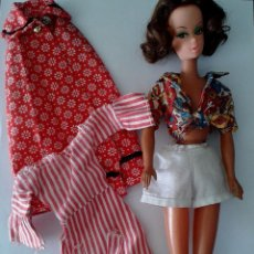 Barbie y Ken: PRECIOSA MUÑECA SIMILAR A BILD LILI O BARBIE VINTAGE ,CON ROPAS ORIGINALES MAS ROPAS AÑOS 50,60. Lote 135241295