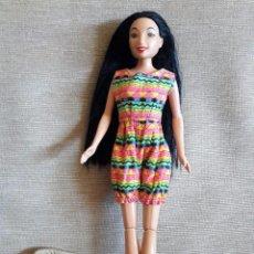 Barbie y Ken: MUÑECA MARCA EN LA NUCA DISNNEY Y EN LA ESPALDA MATTEL INC.1999 HAWAIANA / PIERNAS ARTICULADAS. Lote 75485315