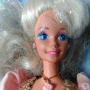 Barbie y Ken: BARBIE MATTEL AÑOS 90 CON VESTIDO REGALO DE PRINCESA RAPUNZEL. Lote 78834545