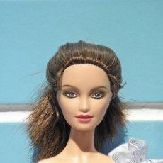 Barbie y Ken: MUÑECA BARBIE SOLITAIRE DE JAMES BOND DE MATTEL MODEL MUSE. Lote 84710084