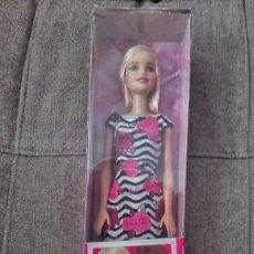 Barbie y Ken: MUÑECA BARBIE NUEVA. Lote 89773204