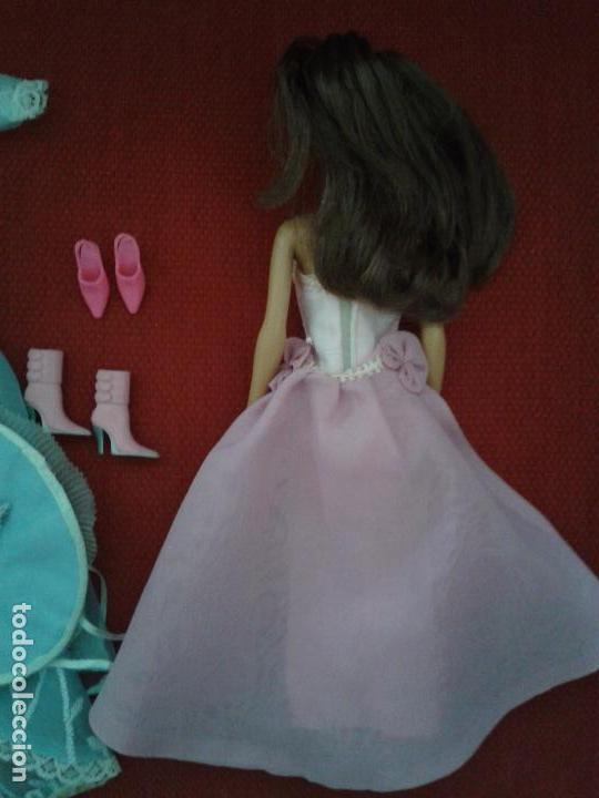 Barbie y Ken: LOTE DE BARBIE ACTUAL CON VESTIDOS Y ZAPATOS - Foto 3 - 91971745