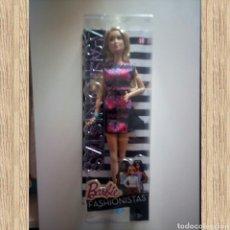 Barbie y Ken: BARBIE FASHIONISTA, SERIE FASHIONISTAS, N 28, NUEVA EN SU CAJA. Lote 125498442