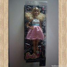 Barbie y Ken: BARBIE FASHIONISTA, SERIE FASHIONISTAS, N 14, NUEVA EN SU CAJA. Lote 125498014