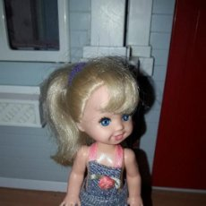 Barbie y Ken: PRECIOSA MUÑECA BARBIE MATTEL HERMANITA O HIJA DE BARBIE ROPA INCLUIDA . Lote 93405505