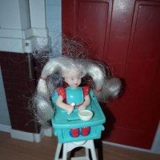 Barbie y Ken: PRECIOSA MUÑECA MATTEL BARBIE BEBE EN TRONA NIÑA . Lote 94347046