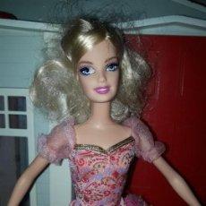 Barbie y Ken: PRECIOSA MUÑECA BARBIE PRINCESA MATTEL ROPA INCLUIDA BUEN ESTADO SERIE PRINCESAS MOSQUETERA. Lote 94523134