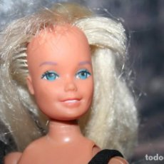 Barbie y Ken: ANTIGUA MUÑECA BARBIE SE LE MUEVEN LAS MANOS . Lote 95599871