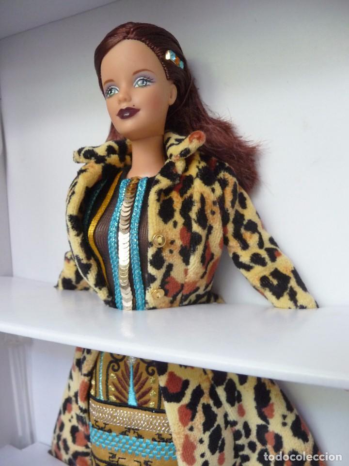 Barbie y Ken: Barbie coleccion todd oldham en su caja original NRFU - Foto 9 - 95775107
