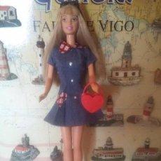 Barbie y Ken: ANTIGUA BARBIE DE LOS 90. Lote 96011631