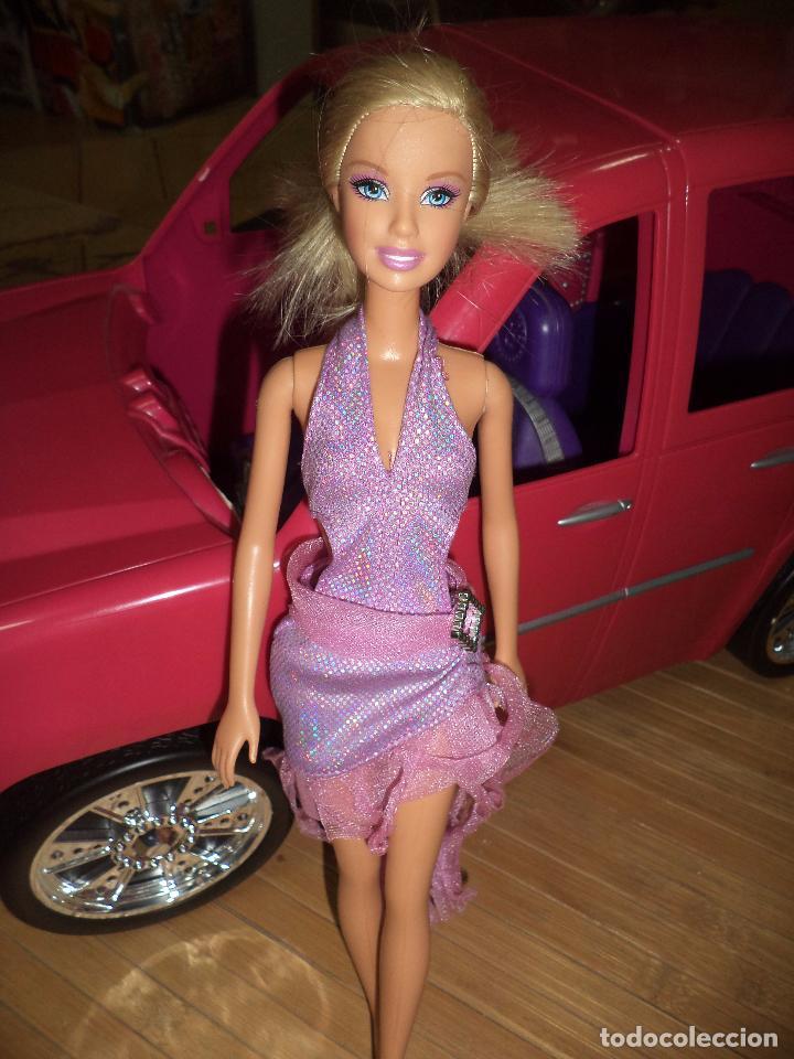 Barbie y Ken: Barbie Fashionista con su coche SUV Cadillac Escalade.Mattel 2010. - Foto 2 - 97685879