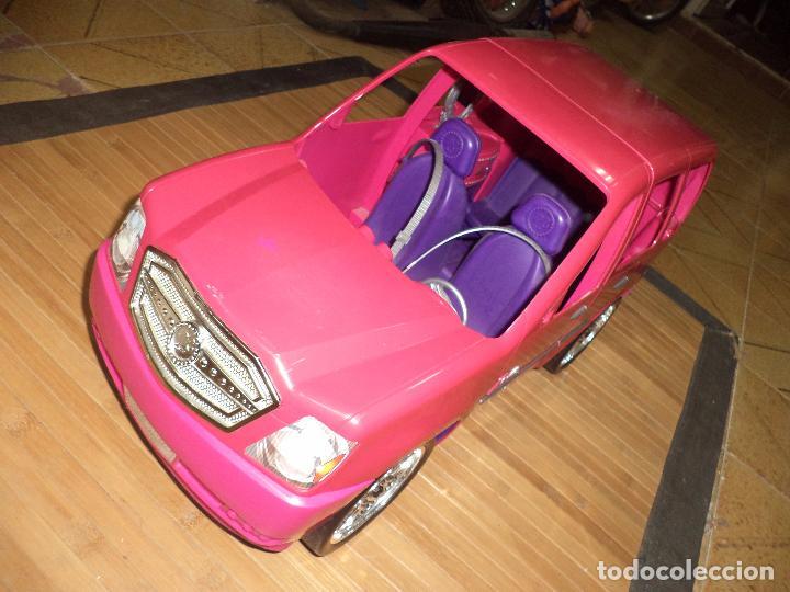 Barbie y Ken: Barbie Fashionista con su coche SUV Cadillac Escalade.Mattel 2010. - Foto 4 - 97685879