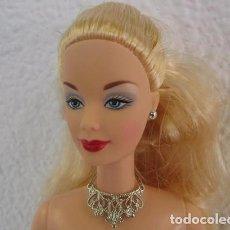 Barbie y Ken: PRECIOSA MUÑECA BARBIE DESNUDA RUBIA PLATINO CON TODOS SUS ACCESORIOS. Lote 98856967