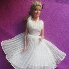 Barbie y Ken: MUÑECA BARBIE VESTIDO MARILYN, MATTEL 1998, . Lote 100633847