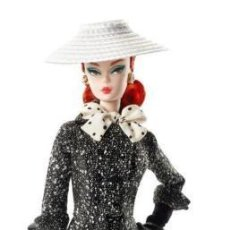 Barbie y Ken - 2017 Barbie BFMC Fashion Model Black and White Tweed Suit Silkstone Doll - 102805799