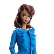Barbie y Ken - 2016 BARBIE FASHION MODEL COLLECTION BLUE CITY CHIC SUIT DOLL - 102822619