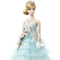 Barbie y Ken - CJF57 Homecoming Queen Barbie Doll 2015 Gold Label - 102827451