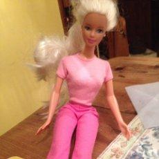 Barbie y Ken: BARBIE MANTEL CHINA 1966. Lote 102984752