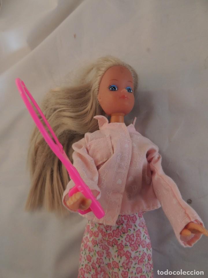 Barbie y Ken: MUÑECAS BARBIE DE MATTE 1995 Y BARBIE DE SIMBA - Foto 6 - 103443615