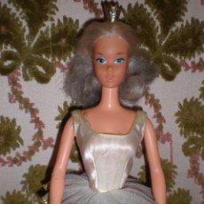 Barbie y Ken: BARBIE BALLERINA DEL AÑO 76 CON TUTU Y CORONA . Lote 106082115
