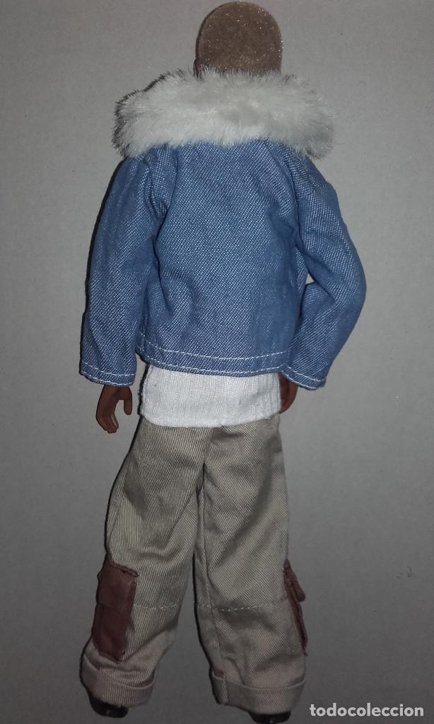 Barbie y Ken: MUÑECO NEGRO TRE FLAVAS MATTEL 2003 CON ROPA DE ORIGEN TAMAÑO BARBIE KEN - Foto 3 - 107827251