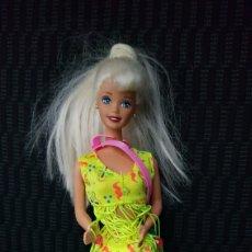 Barbie y Ken: MUÑECA BARBIE MATTEL INDONESIA. Lote 109914108