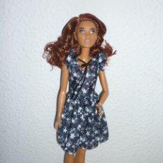 Barbie y Ken: BARBIE FASHIONISTA Nº74VIENDO ESTRELLAS DE COLOR NEGRO-NUEVA DIFICIL-2015 MATTEL1186MJ.1.NL. Lote 112051063