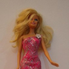 Barbie y Ken: (TC-109) MUÑECA BARBIE CUELLO MATTEL 1998 ESPALDA 2009 MATTEL INDONESIA 16201. Lote 112580963