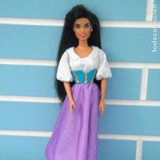 Barbie y Ken: MUÑECA BARBIE ESMERALDA DEL JOROBADO DE NOTRE DAME DE MATTEL DISNEY 1995. Lote 113116871