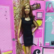 Barbie y Ken: PRECIOSA BARBIE BASICS BLACK LABEL COLLECTION 001 MODEL N. 12 - MATTEL - 2010. Lote 113126207